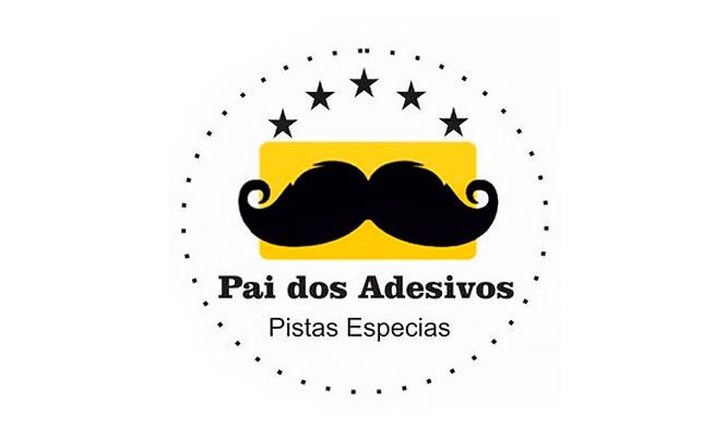 Pai-dos-Adesivos-1
