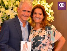 Roberto Cohen recebe Guia da Noiva
